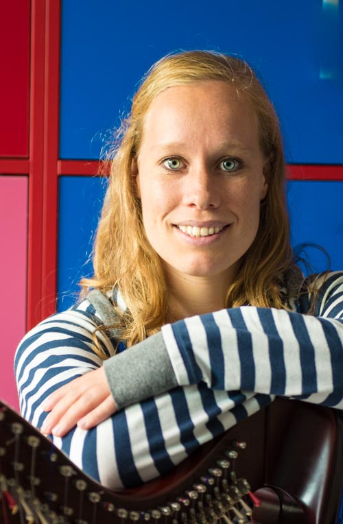docent harp Frouke Leeuwendal