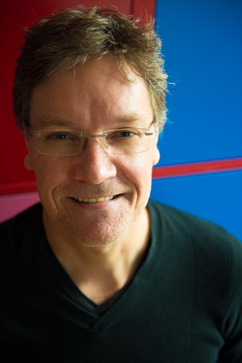 Steven Hupkens docent piano keyboard
