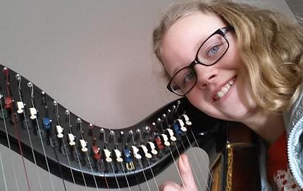 Selfie met harp